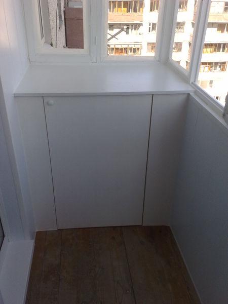При остеклении балкона шкаф в подарок 24