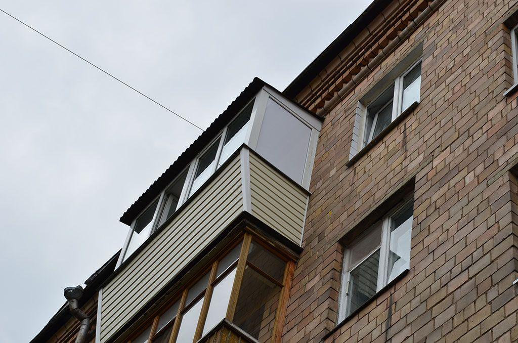 Вынос балкона последний этаж с крышей (7 фото) - балкон-комп.